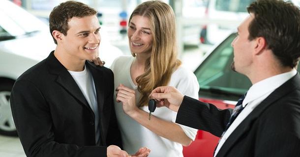 Выдача автокредитов сократилась за месяц на 4,8 тыс. шт.