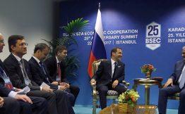 Россия с Турцией отказались от взаимных ограничений по торговым операциям