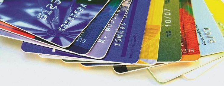 За 10 месяцев россияне оформили 5 млн кредиток