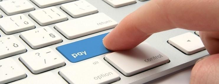 За месяц объем просроченной задолженности по кредитам физлиц вырос на 2,1%