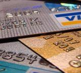 Россияне оформили карточных кредитов на сумму 200 млрд руб.